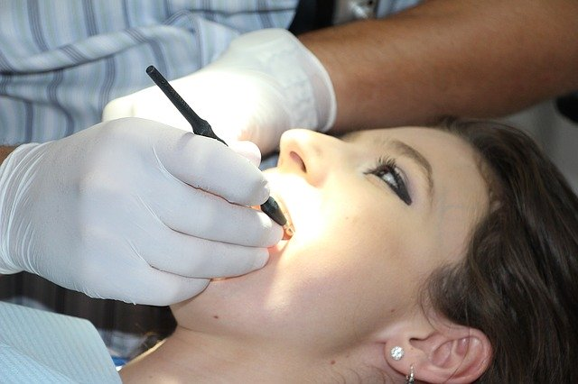 Leczenie stomatologiczne bez bólu