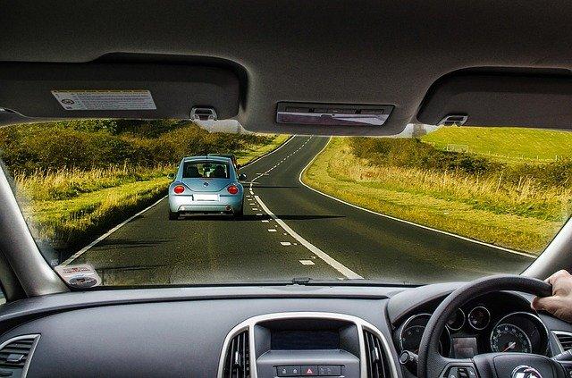 Funkcjonalny i bezpłatny samochód zastępczy z OC Uniqa