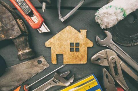 Konserwacja i pielęgnacja domów drewnianych. Poradnik dla właścicieli